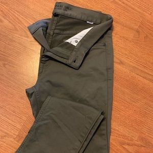 Banana Republic Traveler Pants (Green)